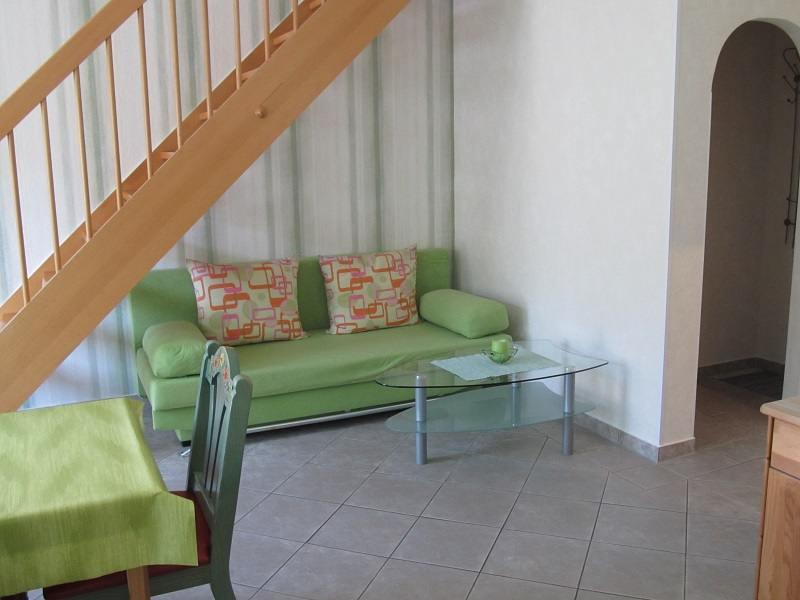 http://apartment-im-dresdner-amselgrund.de/wp-content/uploads/2017/03/Couch.jpg
